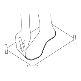 3. Use the ruler to measure the length of the outline. Consider the most extreme points – the distance from the heel to the longest toe.